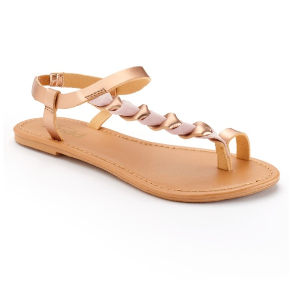 b36da65aa1dd54 Mudd sandals